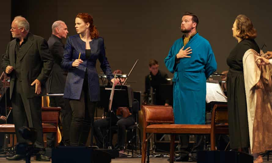 Lothar Koenigs (second left) conducts Ariadne auf Naxos at the Edinburgh international festival