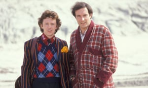 A scene from the film version of The Hitchhiker's Guide to the Galaxy with Ford Prefect (David Dixon) and Arthur Dent (Simon Jonesd)