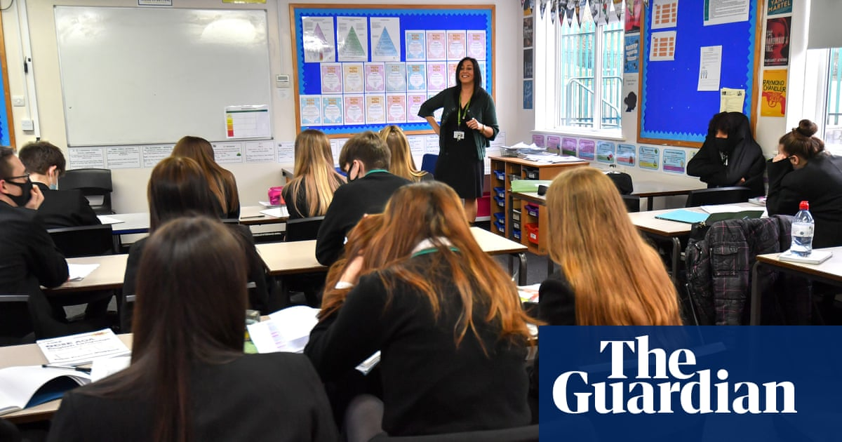 Face masks for English secondary school pupils to be ditched, Williamson confirms