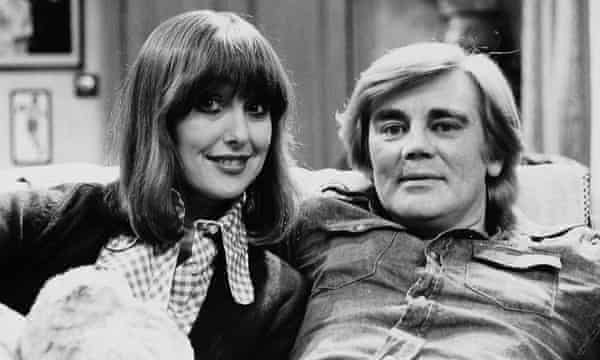 Una Stubbs and Anthony Booth in Til Death Us Do Part, 1966.