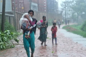 Cyclone Roanu in Bangladesh
