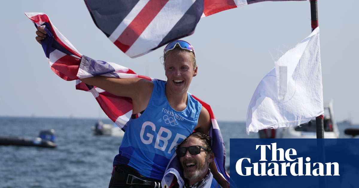 Emma Wilson wins Olympic windsurfing bronze for Team GB