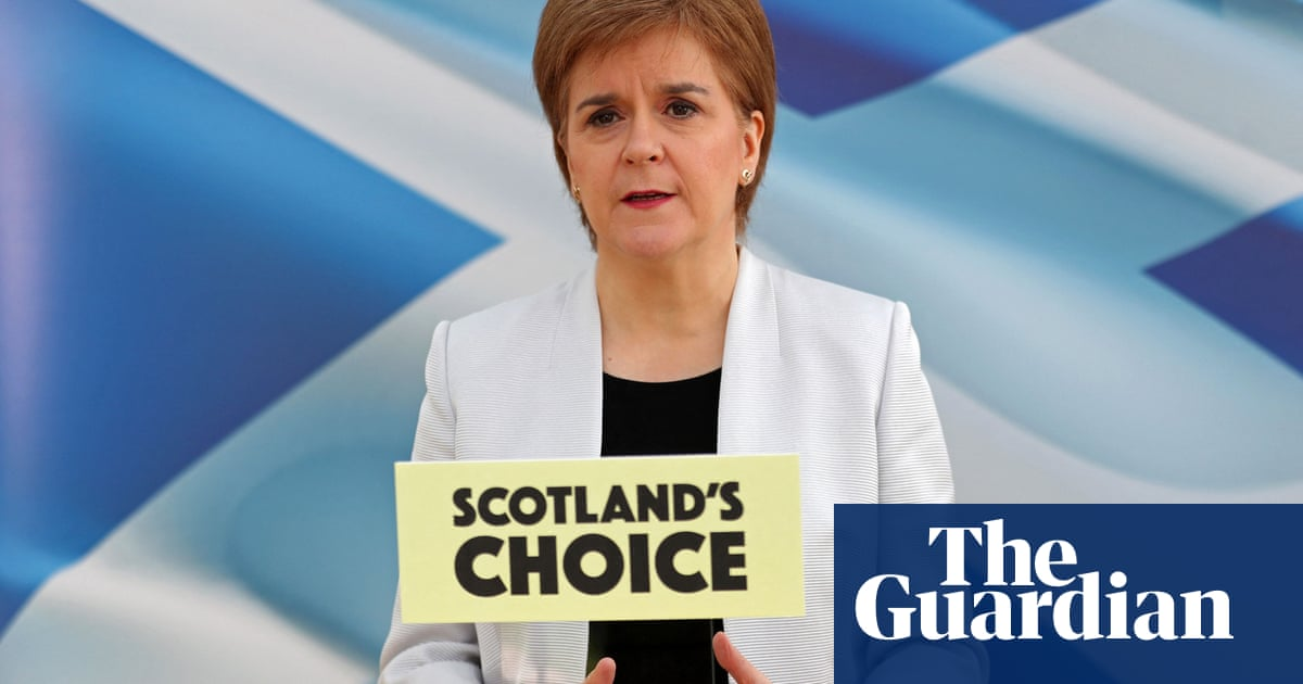 Sturgeon criticises those who 'treat politics as a game' in SNP address