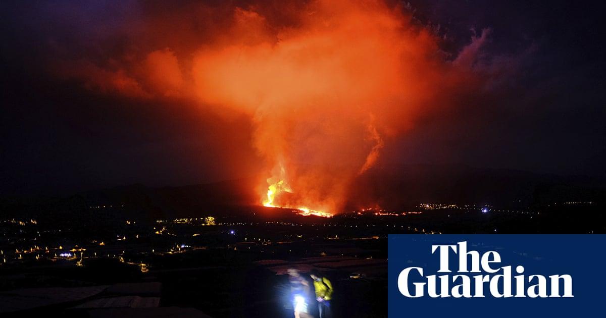 Rivers of lava race down as La Palma volcano enters explosive phase – video