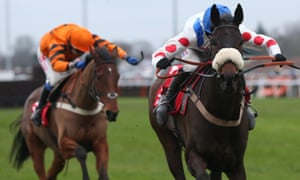 Clan Des Obeaux and Harry Cobden lead Thistlecrack and Tom Scudamore home to win The 32edd King George VI Chase.
