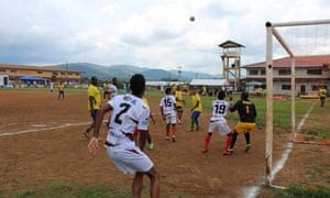 A match between professionals and inmates at La Joyita prison.