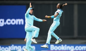 England's Jofra Archer (right) celebrates with team-mate Jason Roy after taking the wicket of South Africa's Aiden Markram during the ICC Cricket World Cup group stage match at The Oval, London.