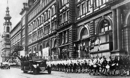Nazi troops in Vienna after Austria's annexation.