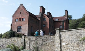 Chartwell is mentioned due to Winston Churchill's ministerial positions linked to the colonies.