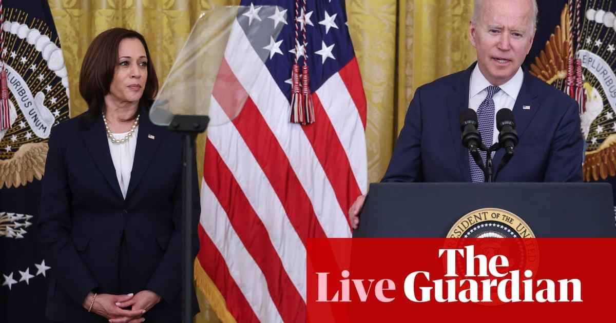 Democrats take aim at Biden and Harris over voting rights failure – US politics live