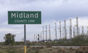 Shale oil rigs in Midland, Texas