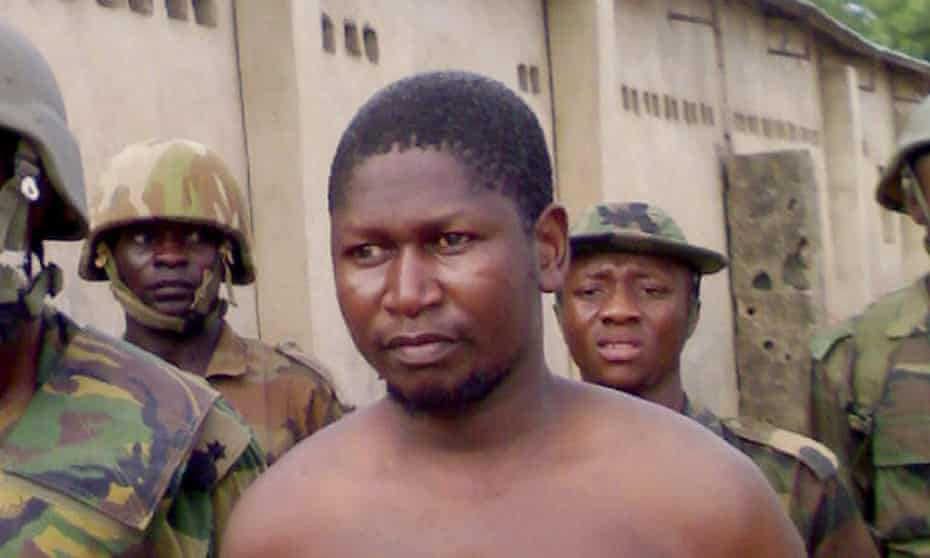 Mohammed Yusuf, then leader of Boko Haram, is arrested in 2009. A few hours later he was dead.