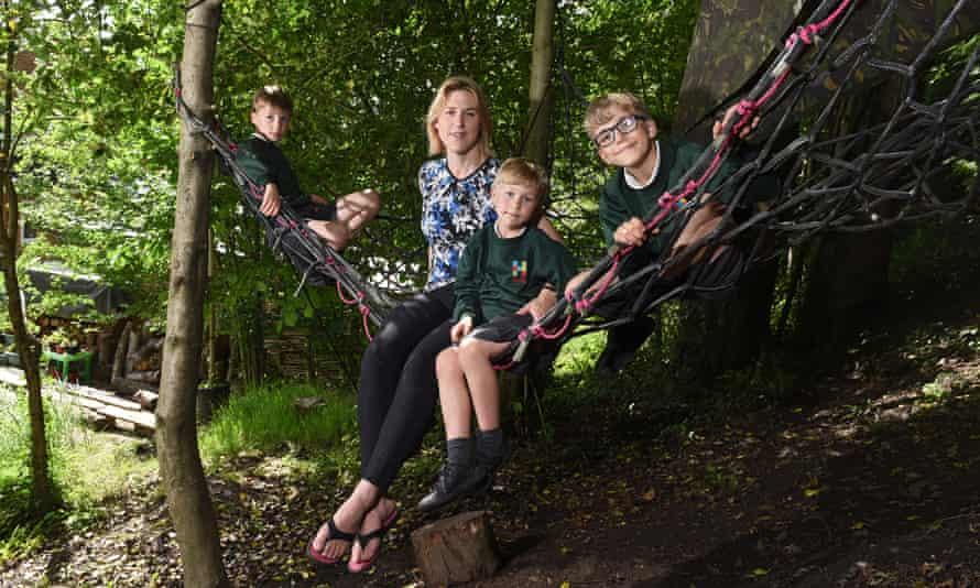 Rachel Tomkins and her children.