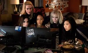 Sandra Bullock, Sarah Paulson, Rihanna, Cate Blanchett and Awkwafina in Ocean's 8.