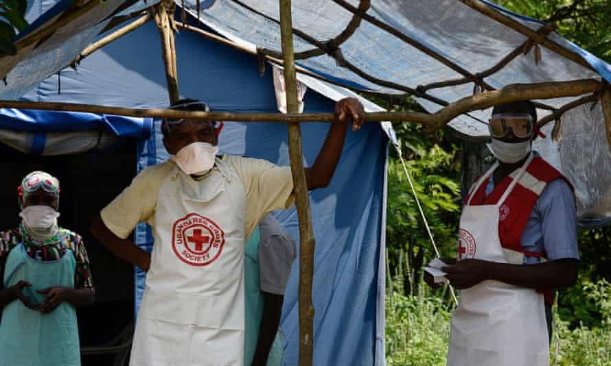 Health workers in the village of Mirami in Uganda