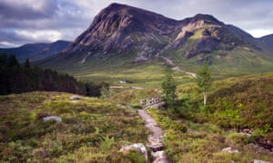 View down the Devil's Staircase towards Buachaille Etive Mor, Glencoe, in the Scottish Highlands, Scotland, UK