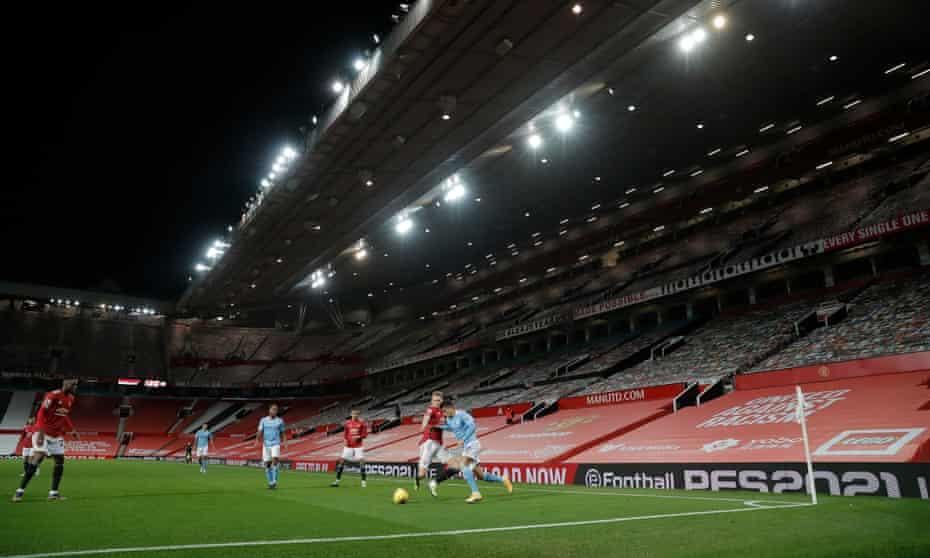 منچستر یونایتد در ماه دسامبر منچسترسیتی را در یک اولدترافورد خالی سرگرم می کند.  بیشتر باشگاه ها کل فصل را پشت سر گذاشته اند و هیچ هواداری در زمین خود ندارند.