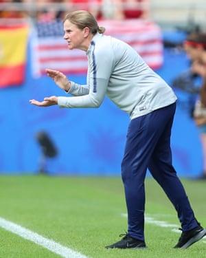 Jill Ellis urges the team on.