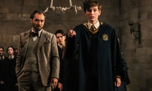 Jude Law as Albus Dumbledore and Joshua Shea as young Newt