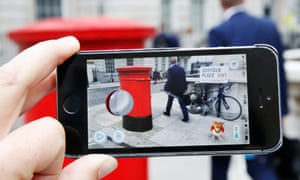 Pokémon Go on London's streets