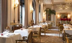 Le Cinq restaurant, Paris.