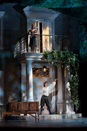 Cyrano: Elisha Willis as Roxane and Robert Parker as Cyrano, 2007