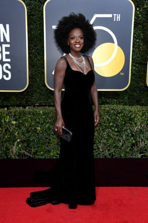 Viola Davis arrives on the red carpet in a gown channelling John Singer Sargent's Madame X by way of Studio 54.