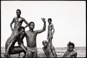 Les Garçons à la Chaussée, 1975