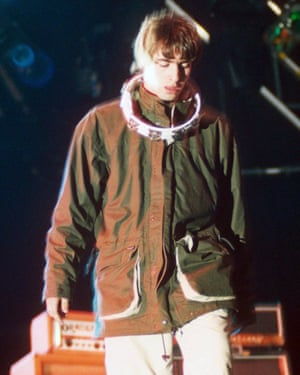 Liam Gallagher, Oasis, 1995.