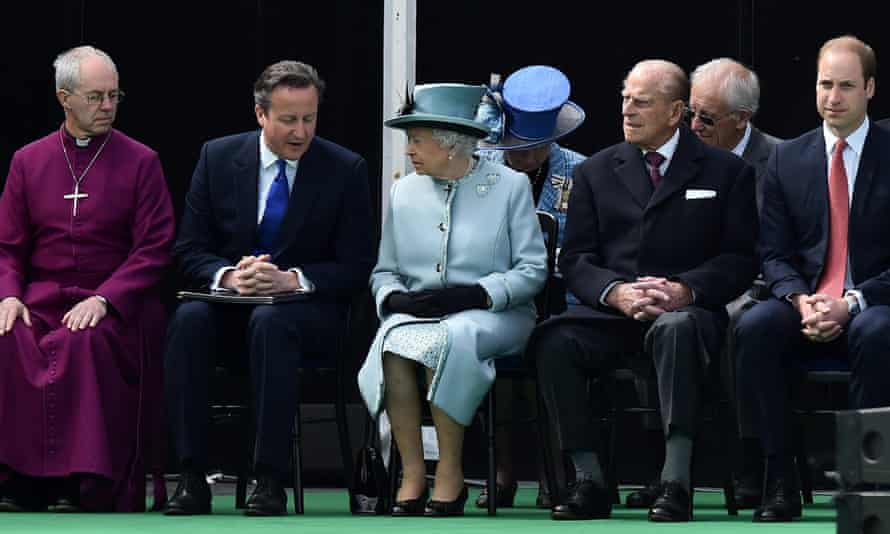 Archbishop of Canterbury Justin Welby, British prime minister David Cameron, Queen Elizabeth II, Prince Philip and Prince William at the ceremony.