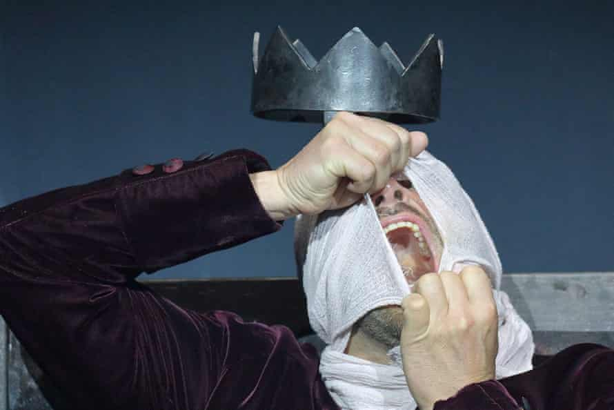 Chilling … Eight Songs for a Mad King.