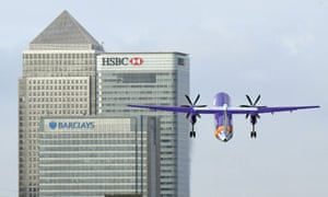Plane over Canary Wharf