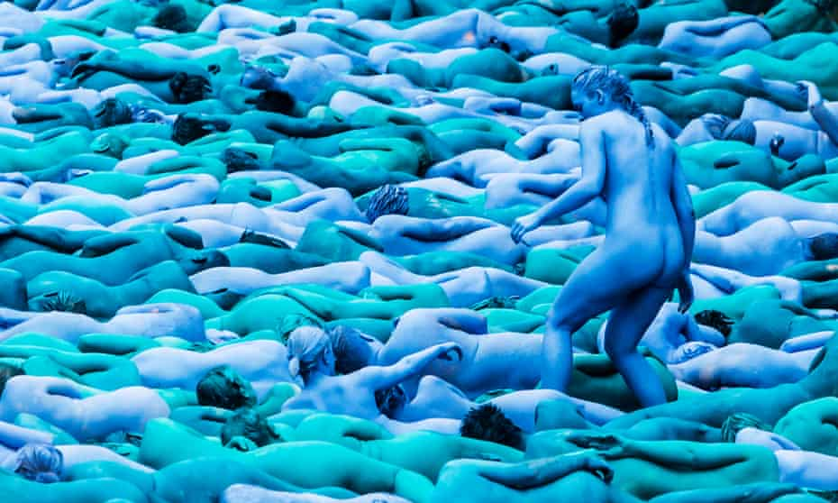 Spencer Tunick's Sea of Hull