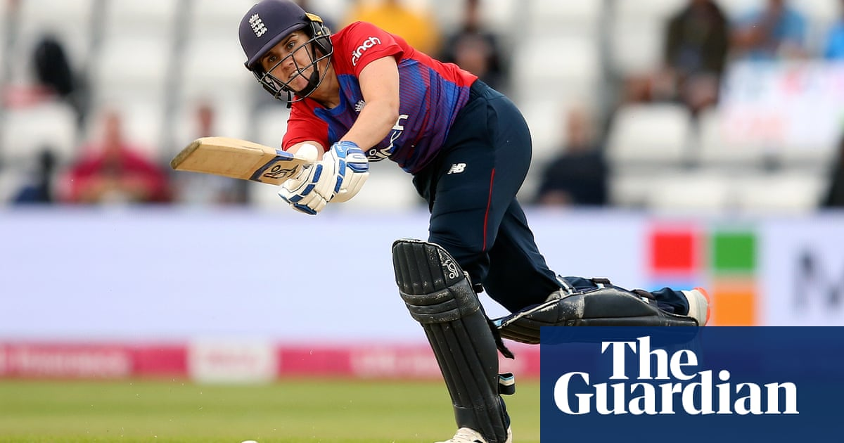 Nat Sciver's hard hitting gives England win over India in first T20