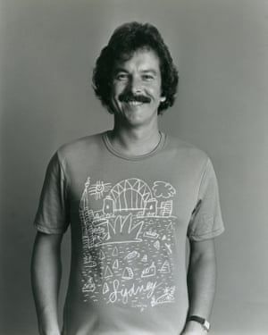 Ken Done wearing the classic Sydney T-shirt in 1981.