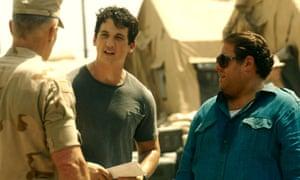 Miles Teller as David Packouz and Jonah Hill as Efraim Diveroli in War Dogs.