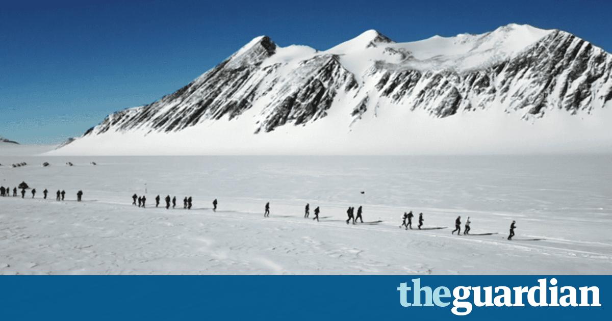 Runners brave freezing temperatures at Antarctic Ice Marathon – video | Sport | The Guardian