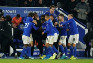 Leicester City's celebrate his last minute winner.