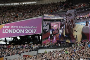 Usain Bolt jokes around ahead of his Men's 100m semi-final.