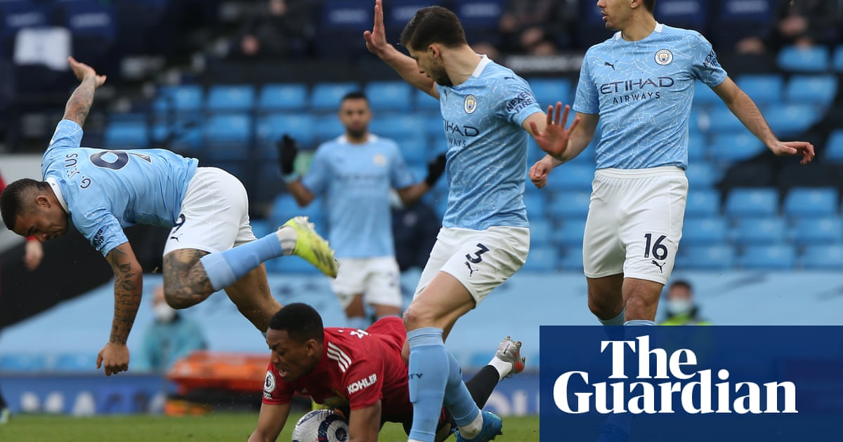 Derby defeat exposes old weaknesses in Guardiolas Manchester City | Jonathan Wilson