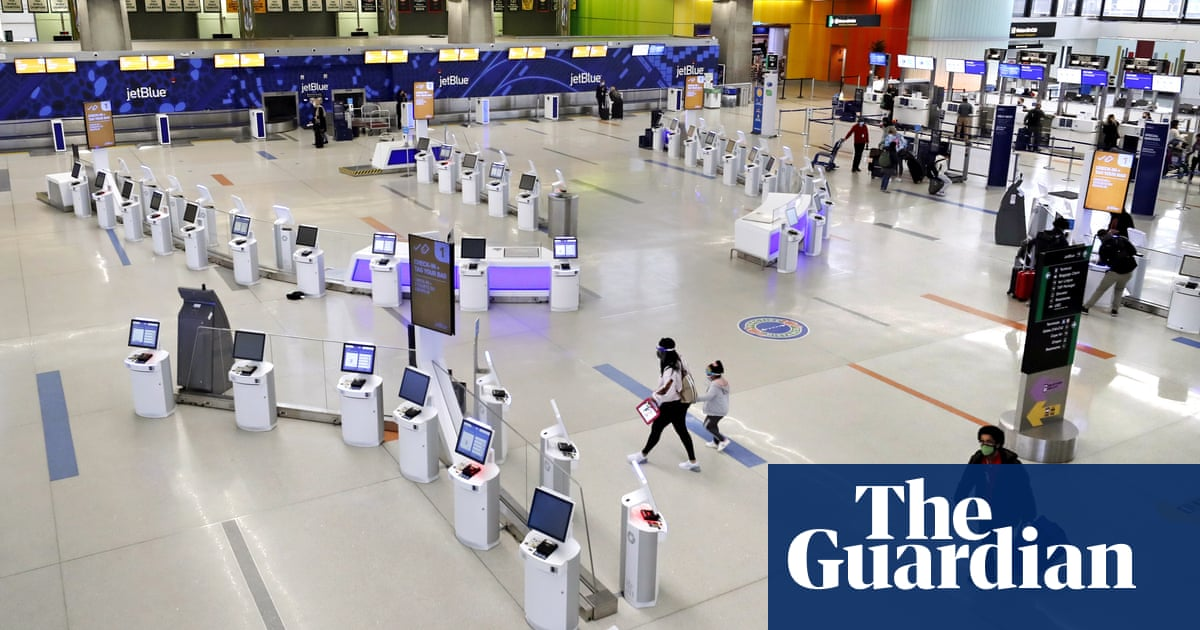 Millions of Americans set to ignore warnings against Thanksgiving travel – The Guardian