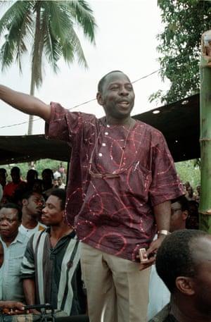 Ken Saro-Wiwa addressing Ogoni Day demonstration, 5 January 1993