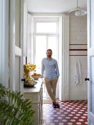 Juan de Mayoralgo in the kitchen – the floor tiles are original.