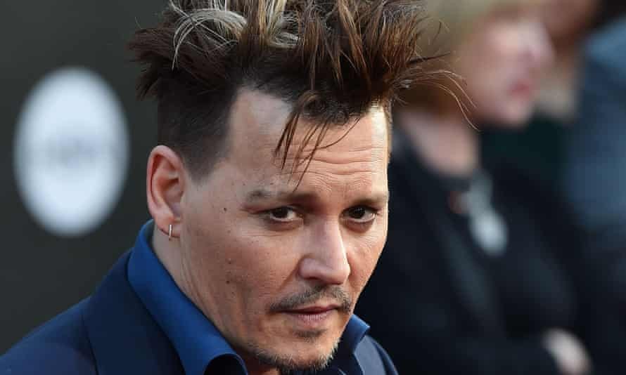 Johnny Depp at the premiere of Alice Through the Looking Glass