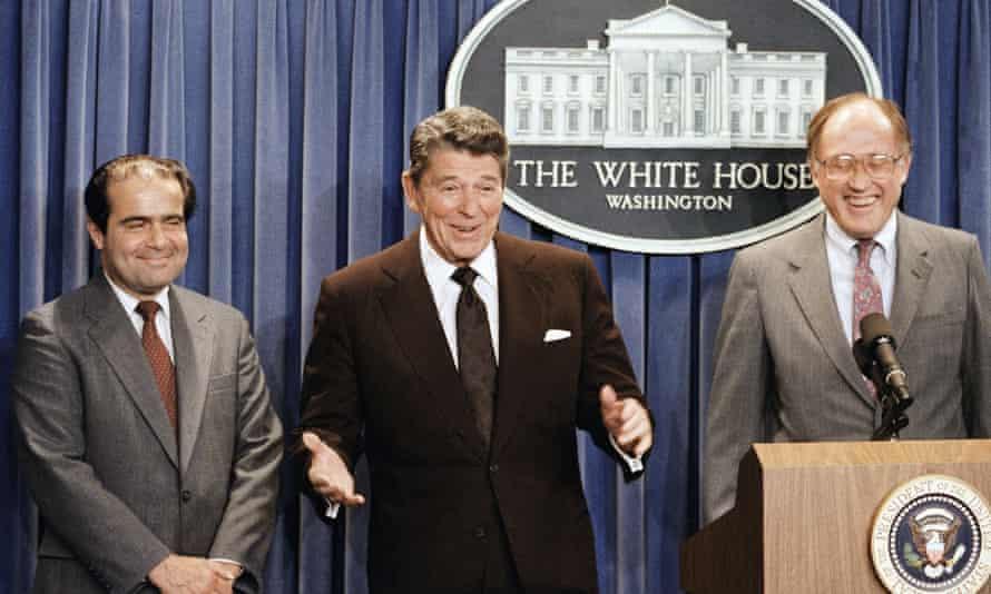 President Ronald Reagan announces the nomination of Antonin Scalia