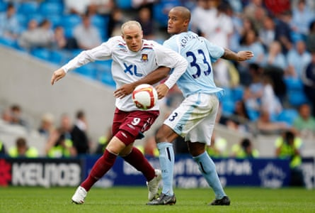 Dean Ashton in action for West Ham against Manchester City in 2008.