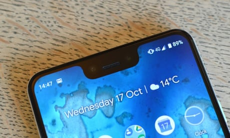 Folding screens and 5G: what's coming in smartphones in 2019?