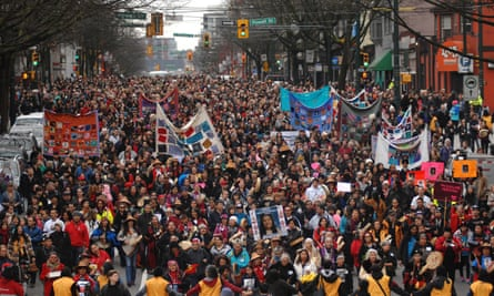 Vancouver, Canada. 14th Feb, 2015. People attend a rally in remembrance of the missing and murdered women and girls in Vancouver's Downtown Eastside, Canada, on Feb. 14, 2015. © Sergei Bachlakov/Xinhua/Alamy Live News<br>EG325X Vancouver, Canada. 14th Feb, 2015. People attend a rally in remembrance of the missing and murdered women and girls in Vancouver's Downtown Eastside, Canada, on Feb. 14, 2015. © Sergei Bachlakov/Xinhua/Alamy Live News