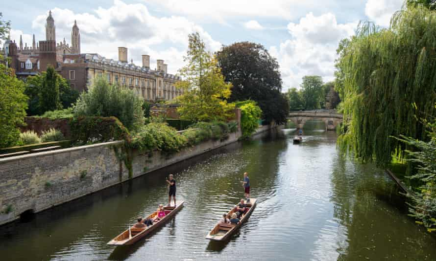 An Overview Of Punting Tours