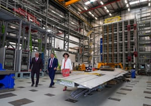 Sir Keir Starmer (centre) with Labour party chair Anneliese Dodds (right) and Peter Smith (left), head of testing and laboratories for Airbus, during a visit to the Airbus factory in Filton, Bristol, to launch the party's policy review.